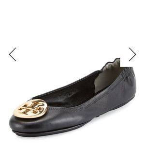 RT $228 Tory Burch Minnie Travel Flat